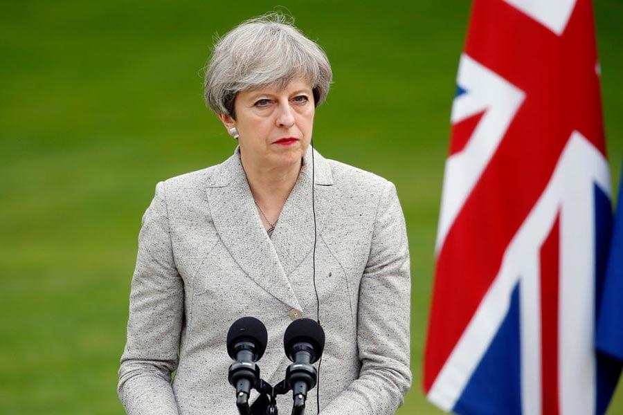 英國首相文翠珊日前訪問巴黎。圖為6月13日文翠珊在巴黎記者會上。(Thierry Chesnot/Getty Images)