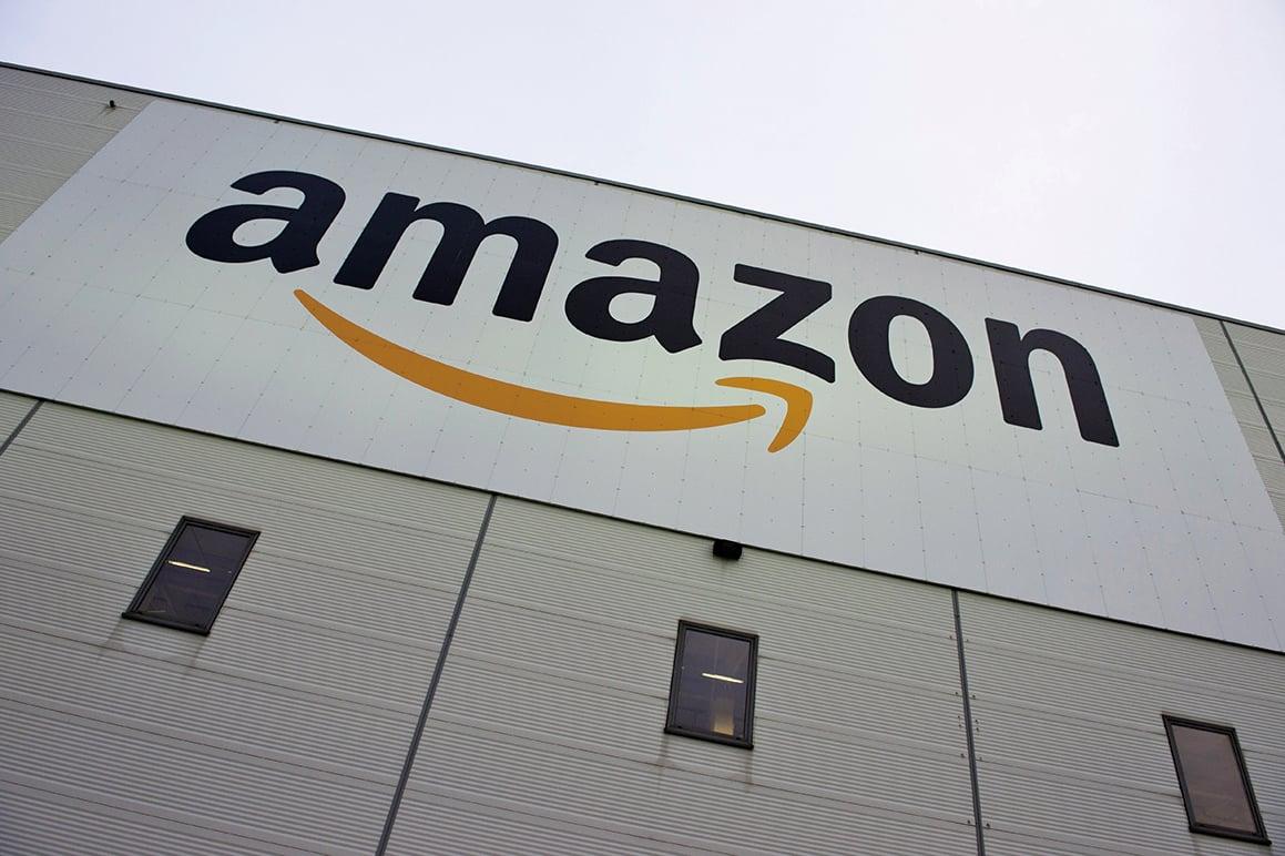 美國電子商務巨擘亞馬遜公司將以137億美元收購全食超市,這是亞馬遜的最大交易,也是其跨進食品市場的第一步。(Getty Images)
