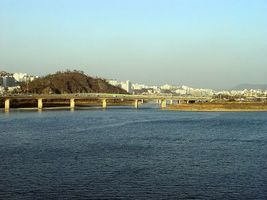 冒生命危險 北韓士兵游過漢江脫北