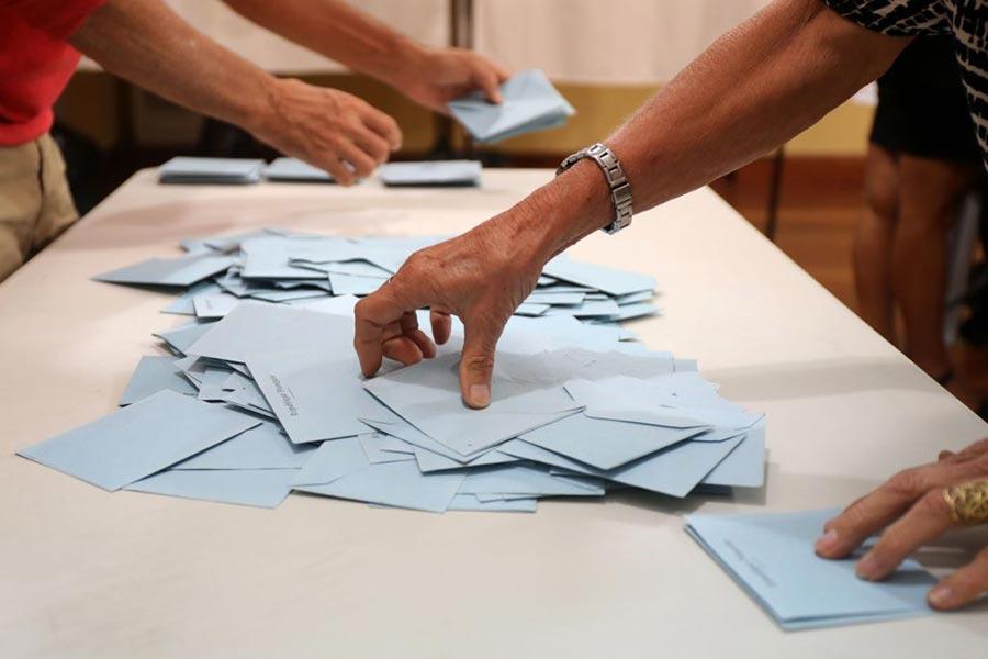 法國於周日舉行第二輪國民議會選舉。(RICHARD BOUHET/AFP/Getty Images)