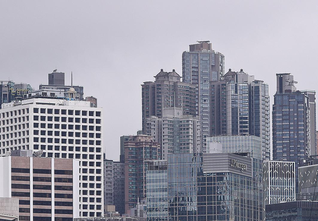 香港中環以每年每方呎303美元(約2,363.4港元)的寫字樓租賃成本蟬聯全球之冠,位列倫敦和紐約之上。(余鋼/大紀元)