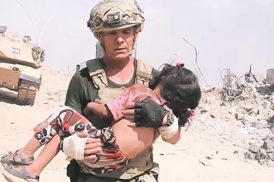 槍林彈雨中 美前特種兵救出摩蘇爾五歲女孩
