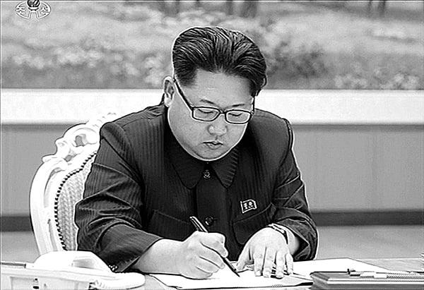 韓情報機構:金正恩甚懼被「斬首」
