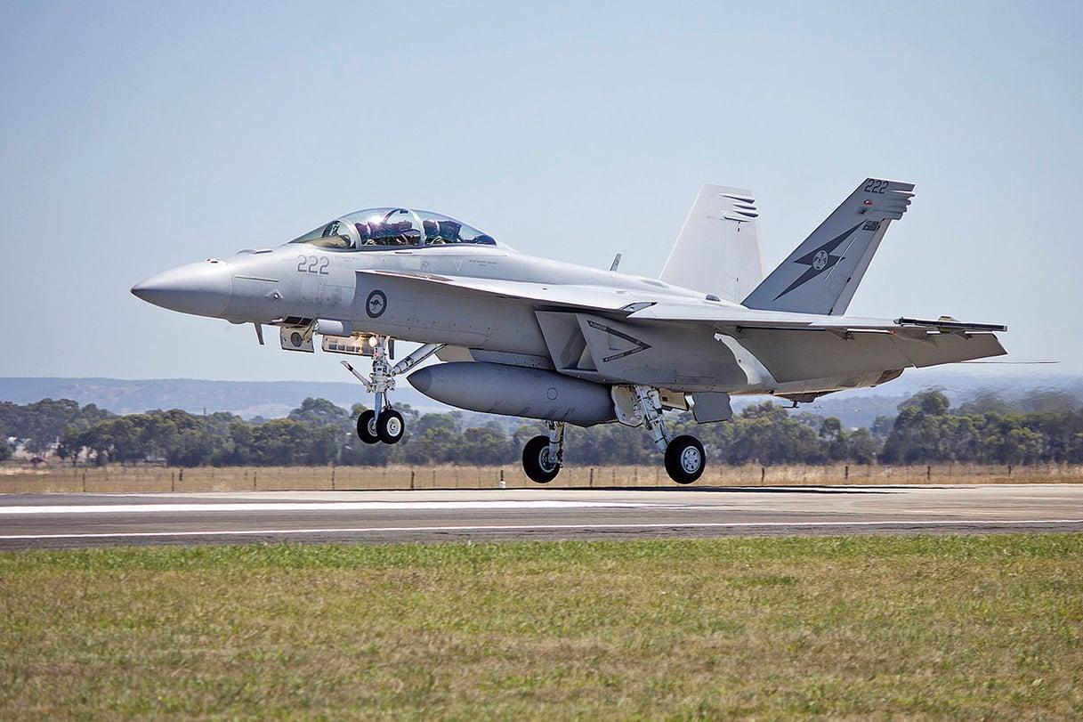 6月18日,美國F-18超級大黃蜂擊落敘利亞的Su-22。這也是近二十年來,美國首次在空中戰鬥中擊落他國的戰鬥機。圖為F-18超級大黃蜂。(網絡圖片)