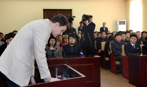美國前維珍尼亞大學學生溫貝爾(Otto Frederick Warmbier,又譯瓦姆比爾)被北韓監禁了一年多,13日被釋放回美國後,不到一個星期就辭世了。(AFP PHOTO/KCNA VIA KNS)