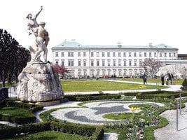 電影《仙樂飄飄處處聞》的場景 米拉貝爾宮殿花園