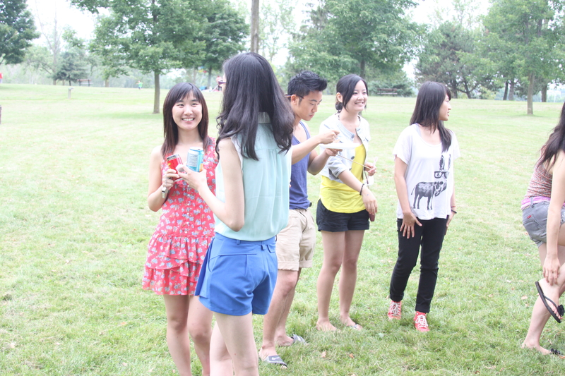 加拿大生活自由,學習環境優良,競爭也不那麼激烈,是中國留學生的佳選。(周月諦/大紀元)