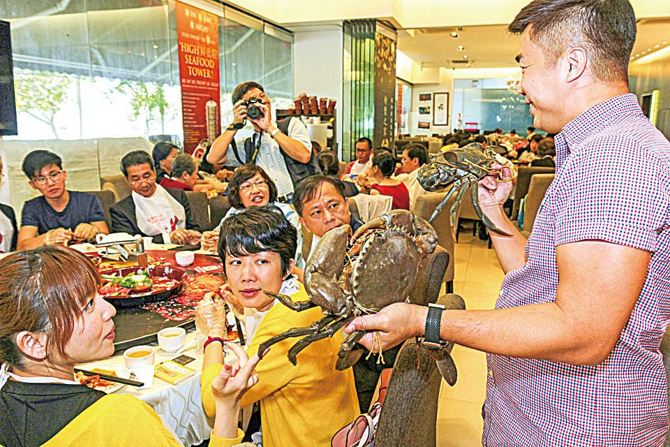 大紀元集團和綠色東方聯合舉辦的B2B海外招商會,第一次在新加坡舉辦,不少新加坡商家對藉此平台進軍大中華市場感到雀躍欲試。