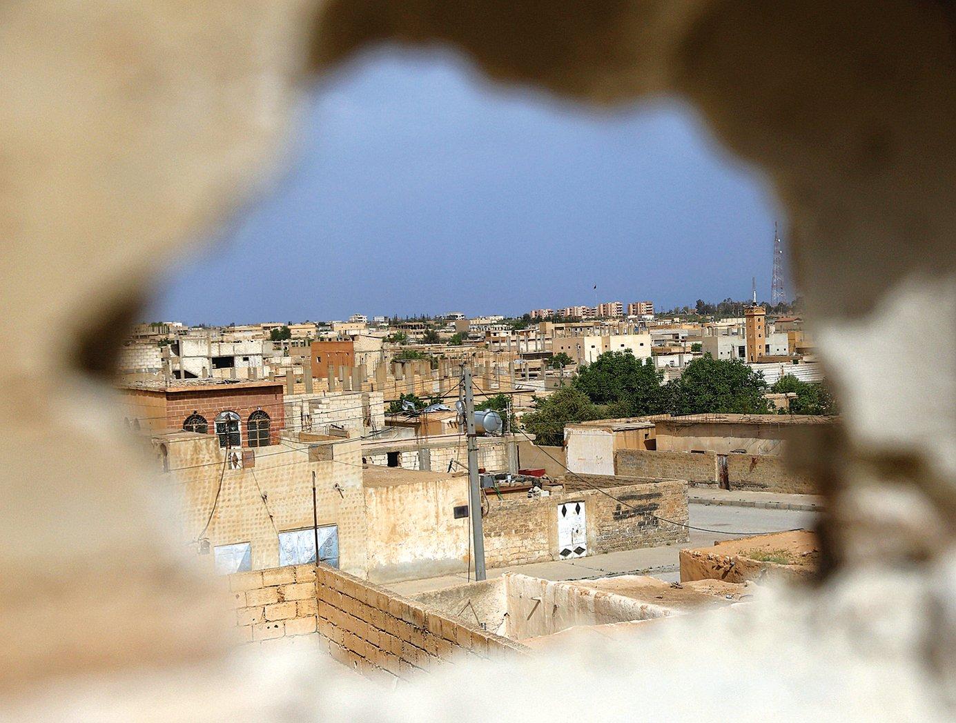敘利亞軍事重鎮塔布卡(Tabqa)目前是美國和俄羅斯、伊朗勢力在敘利亞爭奪的焦點。(AFP)