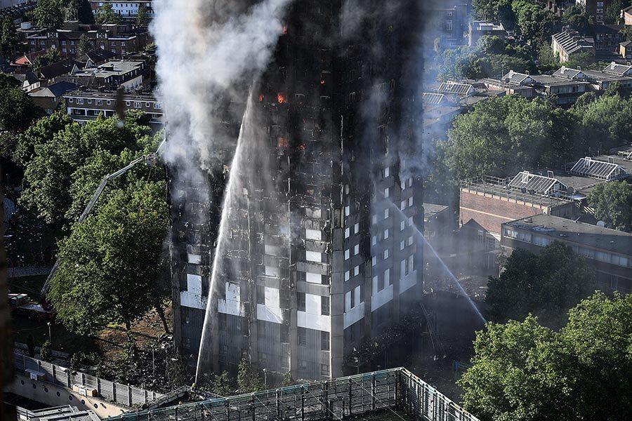 倫敦大火敲警鐘 另五棟樓四千人被疏散