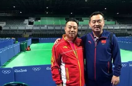 中國乒乓球隊總教練劉國梁(左)、女乒隊教練孔令輝(右)先後被去職。(網絡圖片)