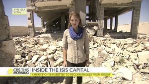IS迅速潰敗 美電視記者進入「首都」拉卡