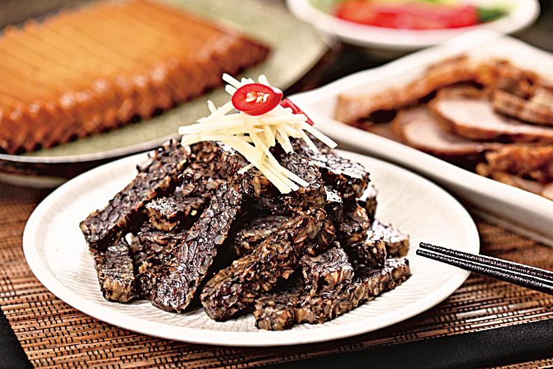 豬血糕是來自於中國南方的一種傳統米食糕點。