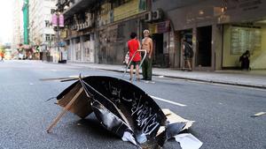 社民連眾志遭暴力襲擊 赴升旗禮示威受阻