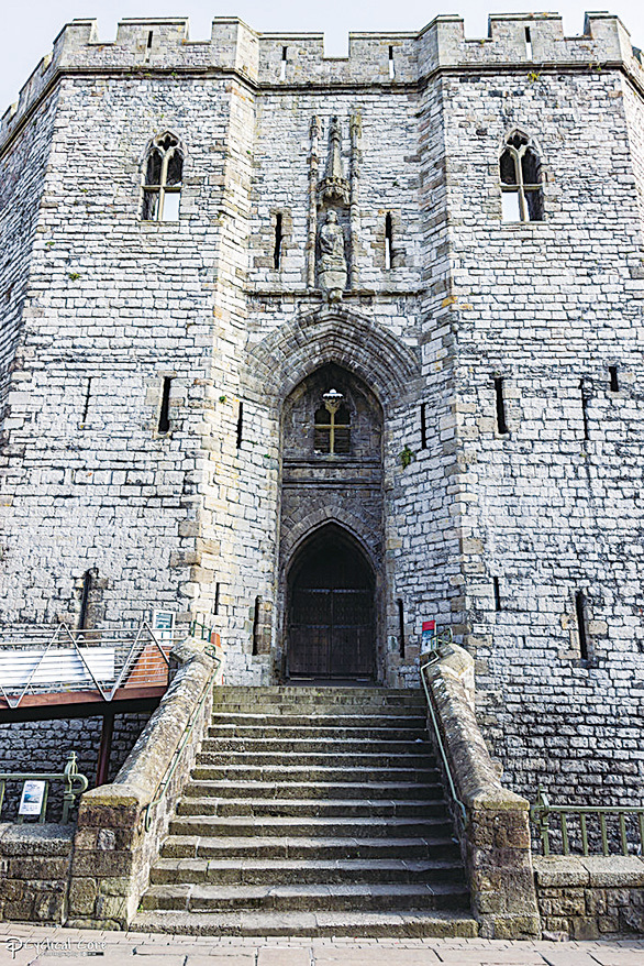 國王之門(King's Gate)。(網絡圖片)