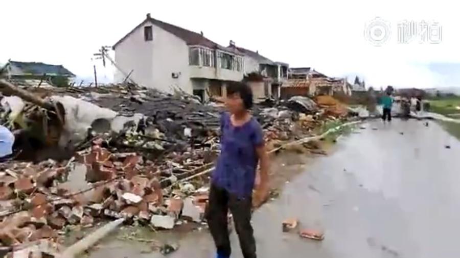 江蘇三鎮遭龍捲風襲擊 房屋幾秒就被颳倒