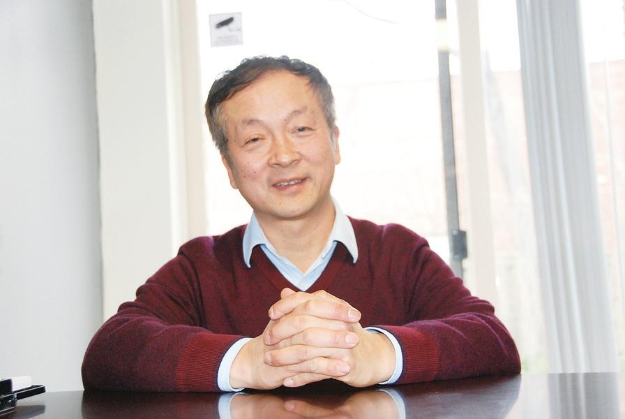 侯召賢:夠專業才能打入主流