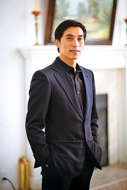 中國古典舞大賽評判之一的陳永佳,2007年贏得首屆「全世界中國舞舞蹈大賽」冠軍,成為他進軍國際舞台的轉捩點。(大紀元資料圖片)