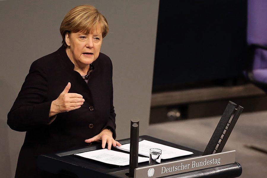 德國總理默克爾和誰吃飯?法院要求公開