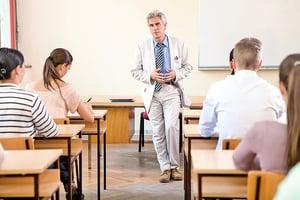美部份大學提高入學門檻