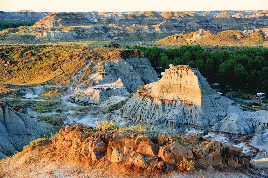恐龍公園坐落在著名的荒原惡地(Badlands)。(Sunny/大紀元)