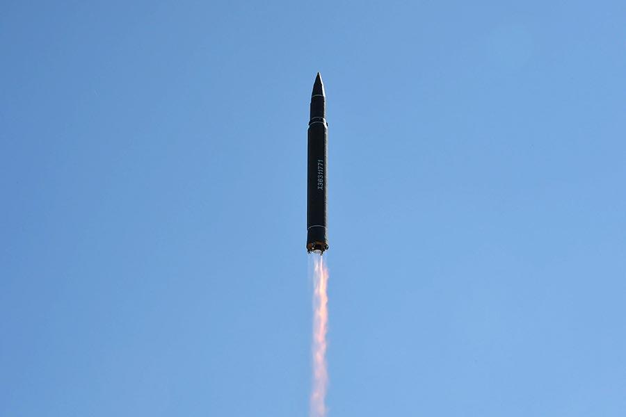 北韓周二(7月4日)試射一枚洲際彈道導彈(ICBM),再次引發國際譴責。(STR/AFP/Getty Images)