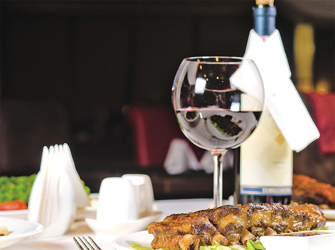 紅皮偌是極佳的配餚酒,酒中的紅莓及車厘子的韻味十分討好。
