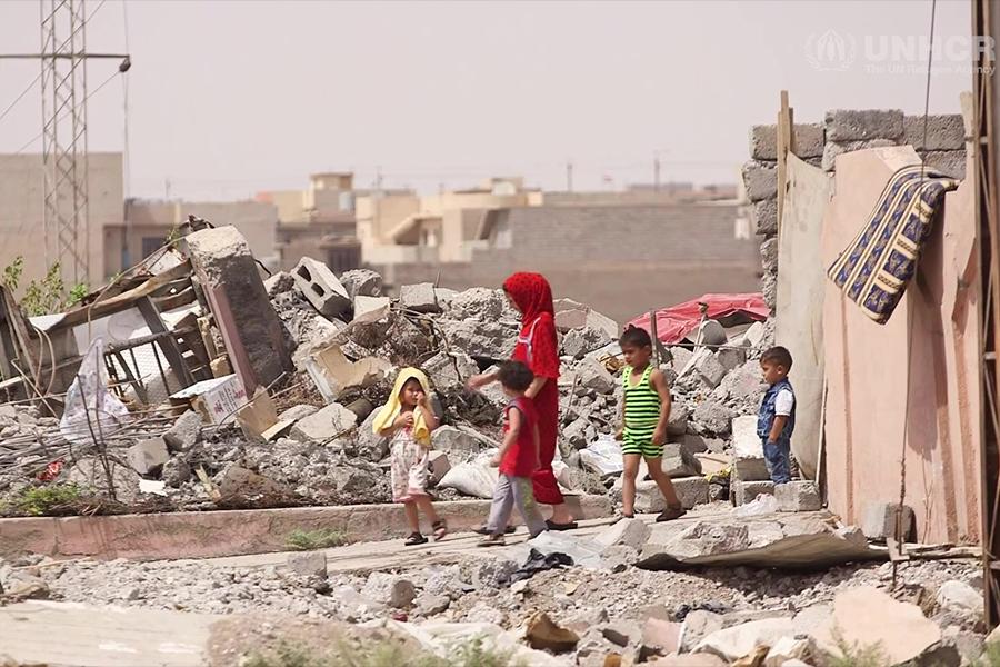 摩蘇爾的難民已經開始返回被恐怖組織摧毀的家園。(聯合國難民署視像擷圖)