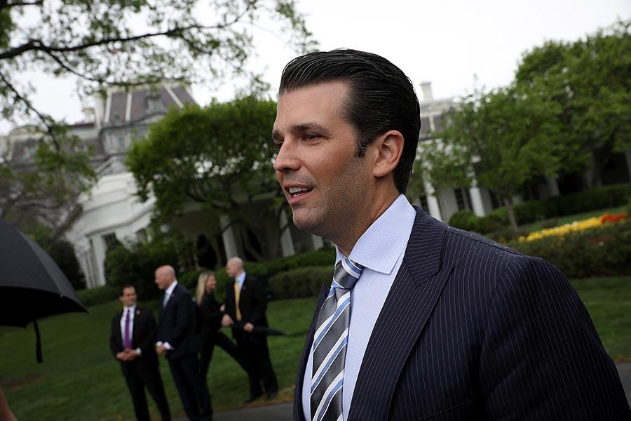 《紐約時報》近日發表的特朗普長子去年曾與俄羅斯律師見面的文章,再次引發通俄門風波。(Win McNamee/Getty Images)