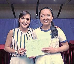 拔萃女書院林莉雯成為今屆唯一「超級狀元」,感激媽媽的鼓勵支持。