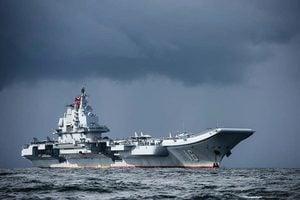 中共航母進入「防空識別區」 台灣稱不擔心
