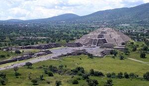 墨西哥金字塔下發現通往「地獄」神秘隧道