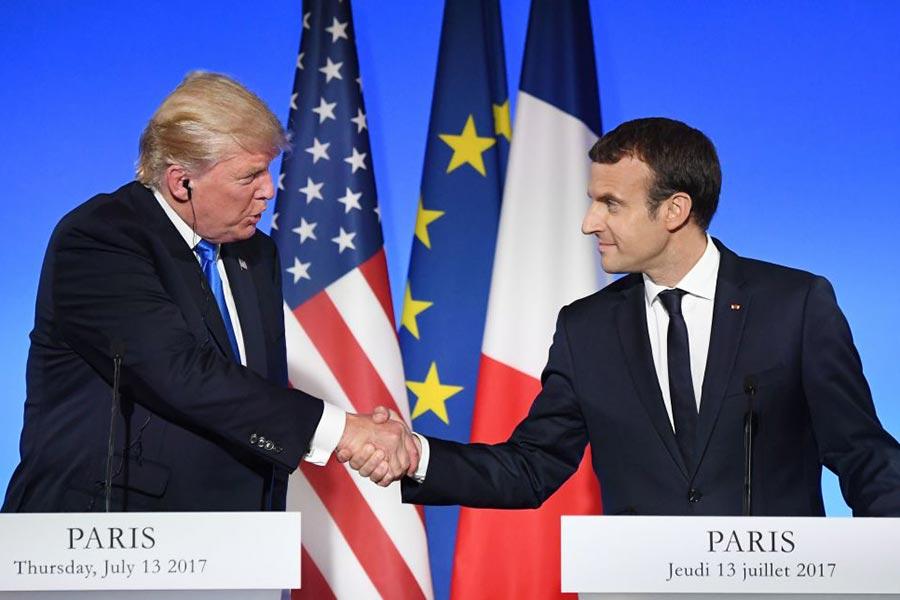 周四(7月13日),到訪法國的美國總統特朗普和法國總統馬克龍召開聯合記者招待會。(ALAIN JOCARD/AFP/Getty Images)