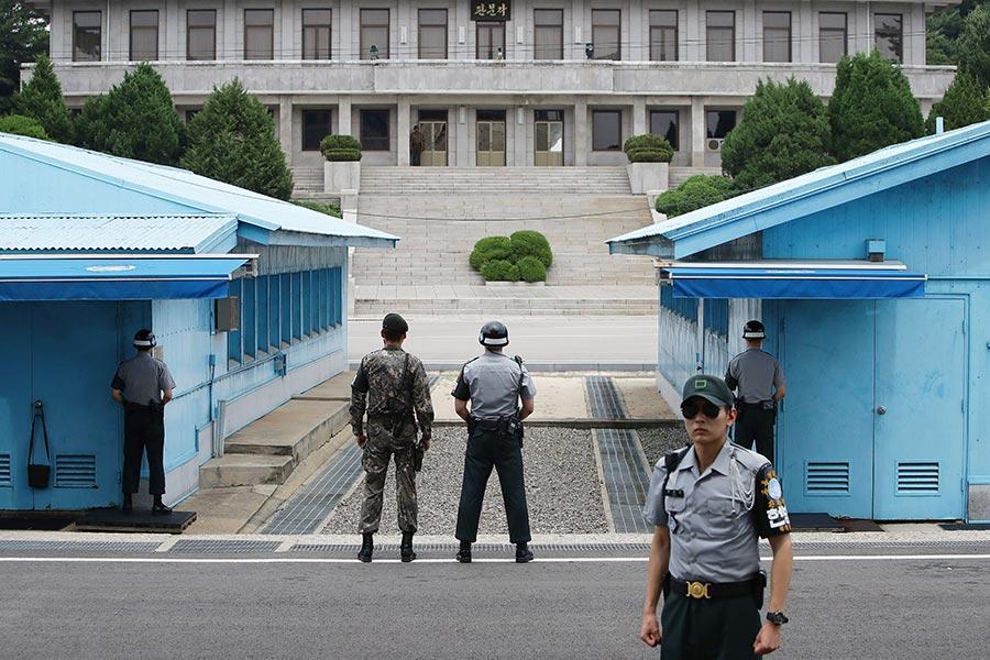 南韓國防部周一(7月17日)示,為了舒緩朝鮮半島緊張局勢,南韓願意在周五(7月21日)和北韓在板門店邊界(如圖)舉行會談。(Chung Sung-Jun/Getty Images)