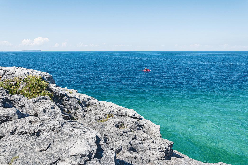 布魯斯半島國家公園水天一色。(Fotolia)