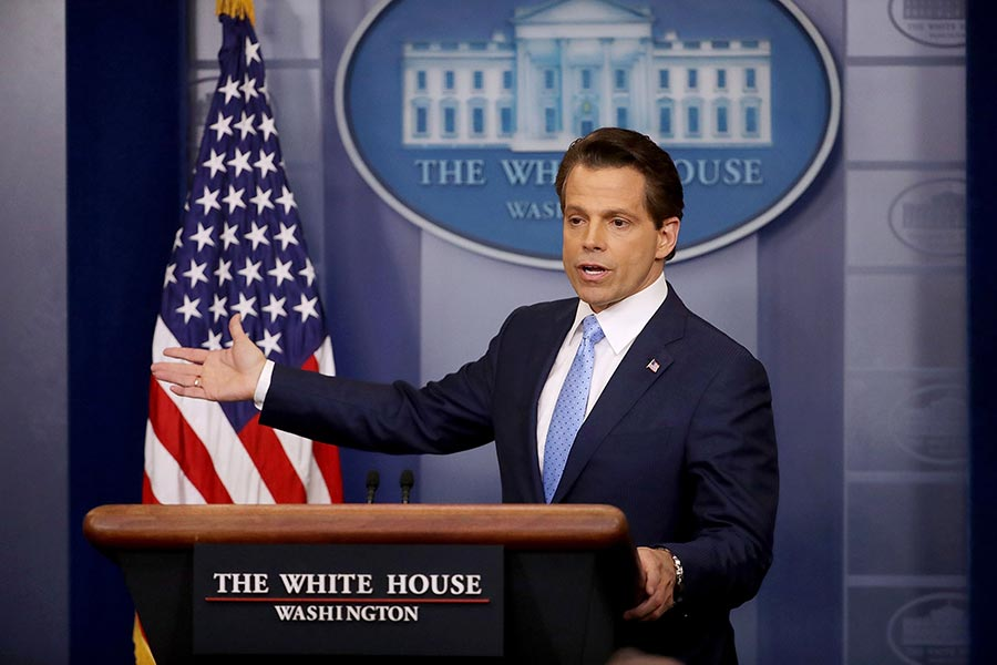 白宮通訊主任斯卡拉穆奇(Anthony Scaramucci)周日(7月23日)表示,他上任的首要任務之一是制止信息從白宮洩露出去。(Chip Somodevilla/Getty Images)