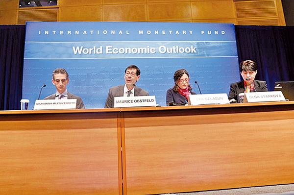 IMF公佈最新的「世界經濟展望」報告(WEO),上調今年全球經濟增長率為3.5%,但中、長期來看,全球經濟增長仍面臨下滑風險,主因為政策的高度不確定性。(網絡圖片)