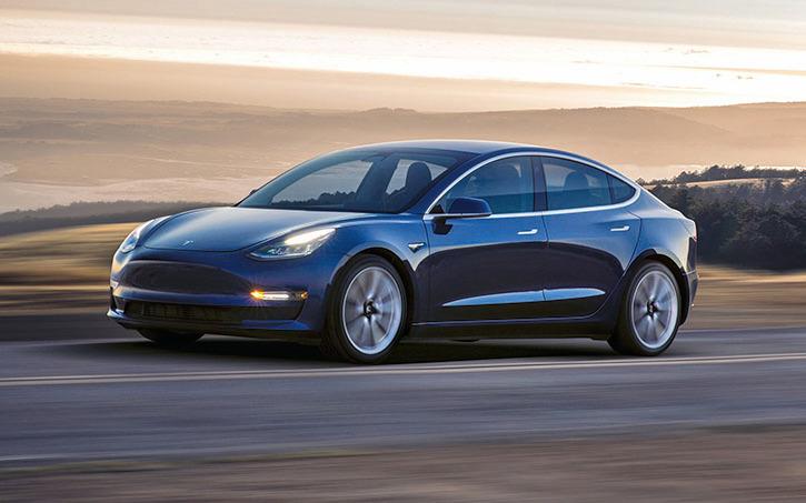 Model 3銷售價非常具有市場競爭力,抵稅後僅需27,500美元。(Tesla)