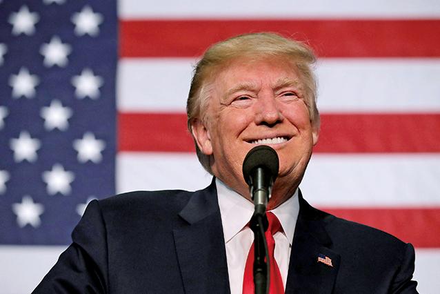 美國總統特朗普周末發推,敦促參議院共和黨人繼續廢除奧巴馬健保法的大業。(Getty Images)
