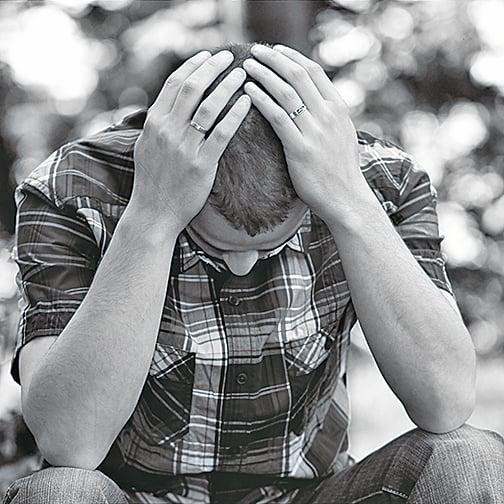 抑鬱症是最常見的精神心理疾病。美國患不同程度抑鬱症的成人達4,000萬,全球的抑鬱症患者超過3億。(維基百科)