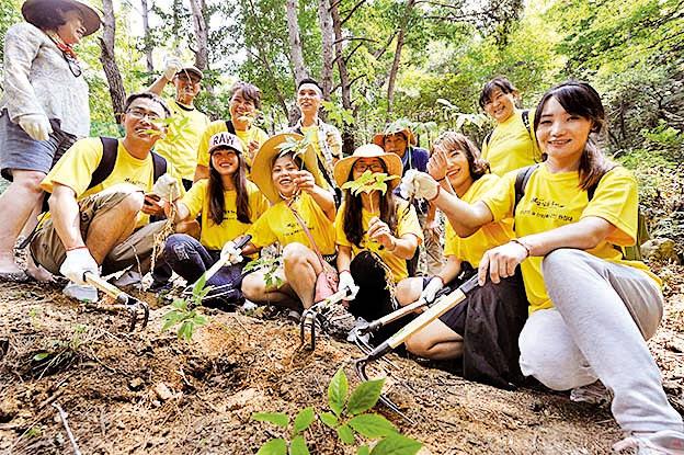 【山蔘林】親自體驗採挖山蔘, 休息和治癒的空間
