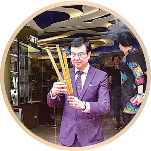 黃百鳴開設新戲院 吳千語強調未分手