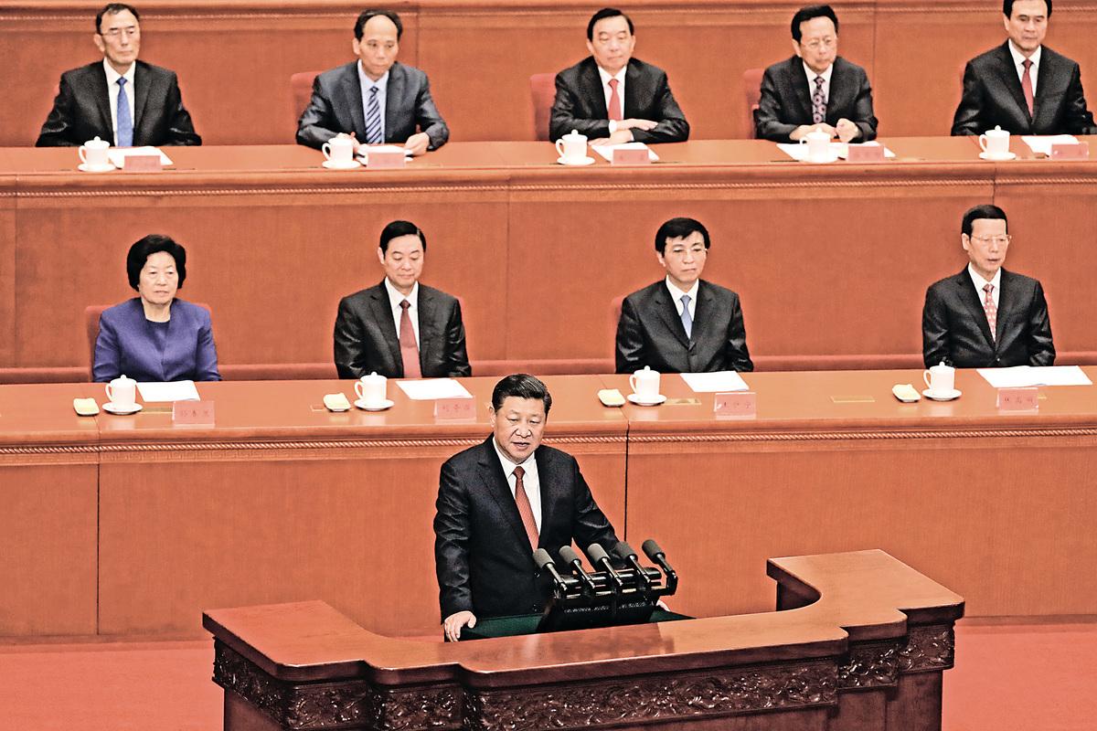 習近平8月1日在北京人民大會堂舉行會議。(Getty Images)