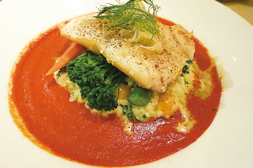 Silver Legacy賭場內的Sterling's 海鮮牛排館的名菜——智利海鱸魚。(李旭生/大紀元)