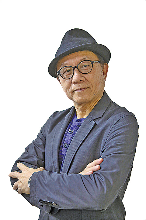 韓連山 資深教師,香港教育專業人員協會監事,保衛香港自由聯盟召集人,六一七民間約章發言人,進步教師同盟成員。
