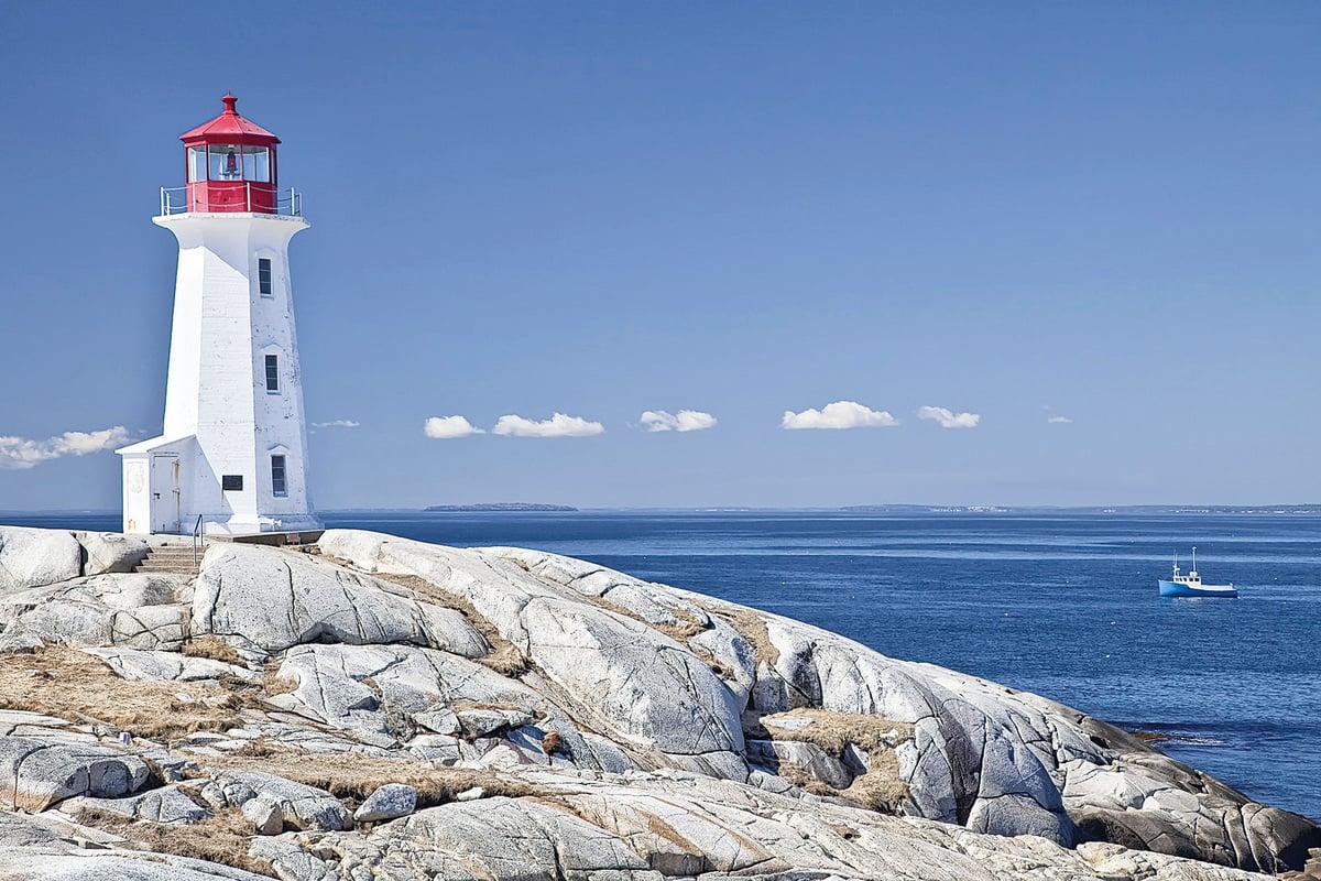 大西洋省的特色景觀——碧海﹑藍天﹑燈塔。(Fotolia)