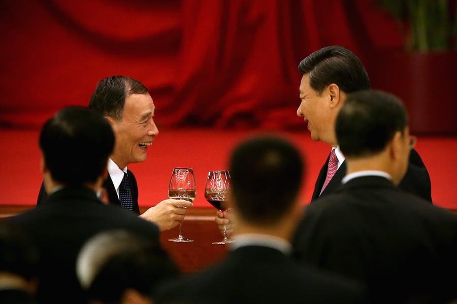 政論家、《北京之春》榮譽主編胡平認為,反對派對習近平與王岐山之間的離間計已經失敗。(Feng Li/Getty Images)