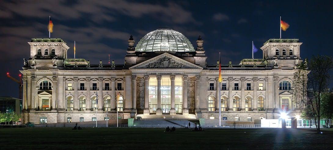 圖為1900年時期的德國國會大廈(Reichstag)。(Wiki commons)