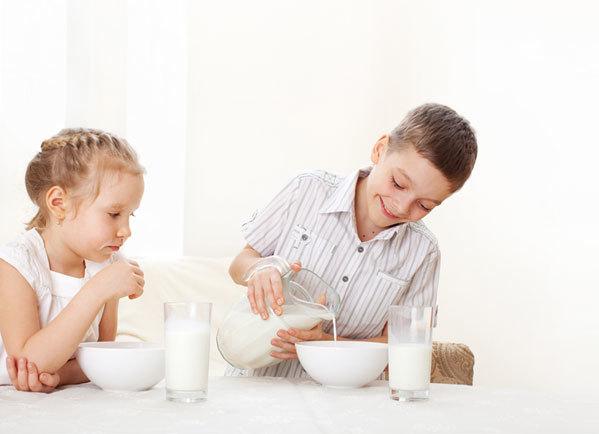 喝牛奶最佳3個時段
