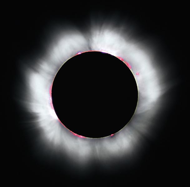 觀大日食選對太陽鏡是頭等大事